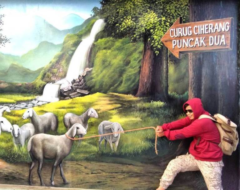 Bogor Mural Service Project, a Unique 3D Photo Booth and a Modern Toilet Door