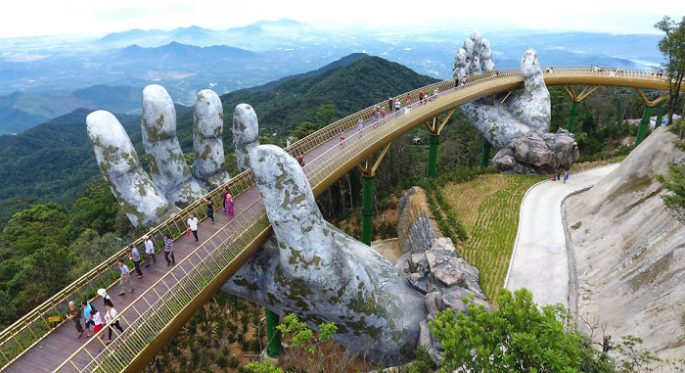 Golden Bridge, Amazing Bridge Like The Bridge In The Lord of The Rings Film