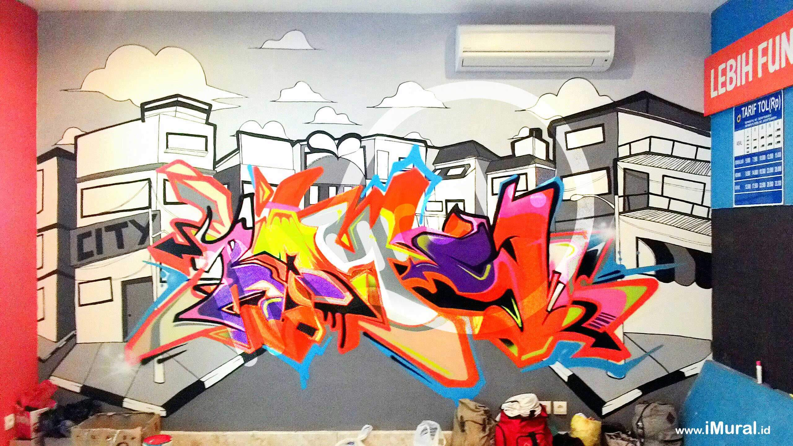 Loop Station Surabaya Graffiti Indoor