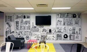 mural hitam putih bingkai