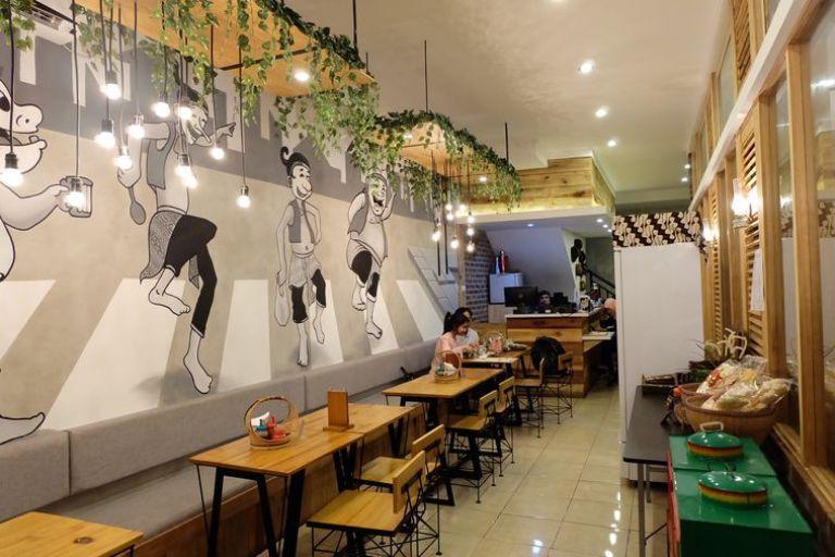 mural hitam putih untuk cafe dan restoran