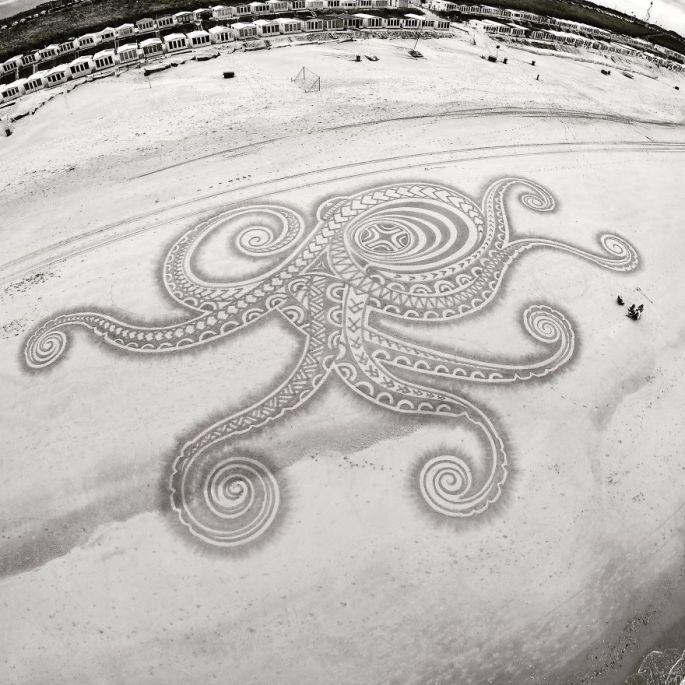 lukisan pasir