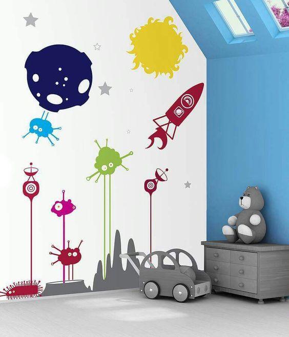 mural luar angkasa