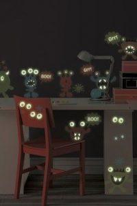 stiker dinding glow in the dark 7
