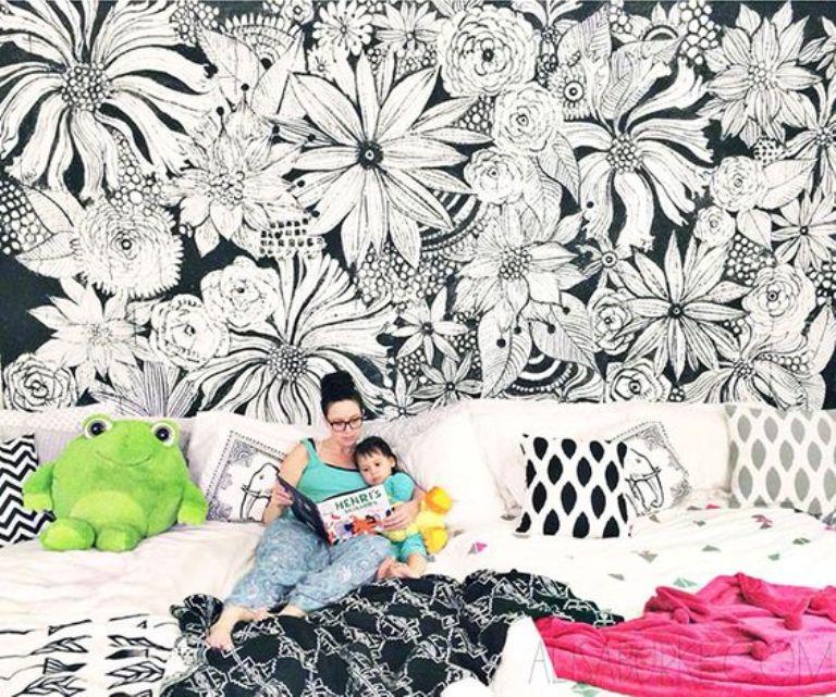 Black and White Flower Mural Idea
