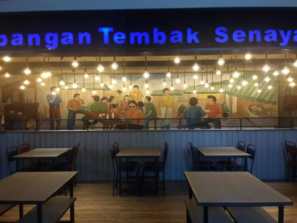 Bakso Lapangan Tembak Senayan Makassar, Makan Bakso Nikmat Dengan Dekorasi Mural