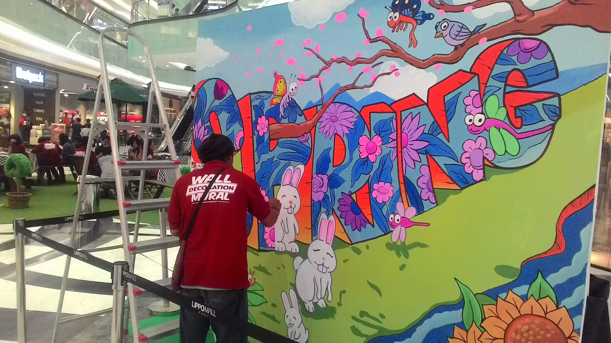 Live Mural Painting at Lippo Mall Puri